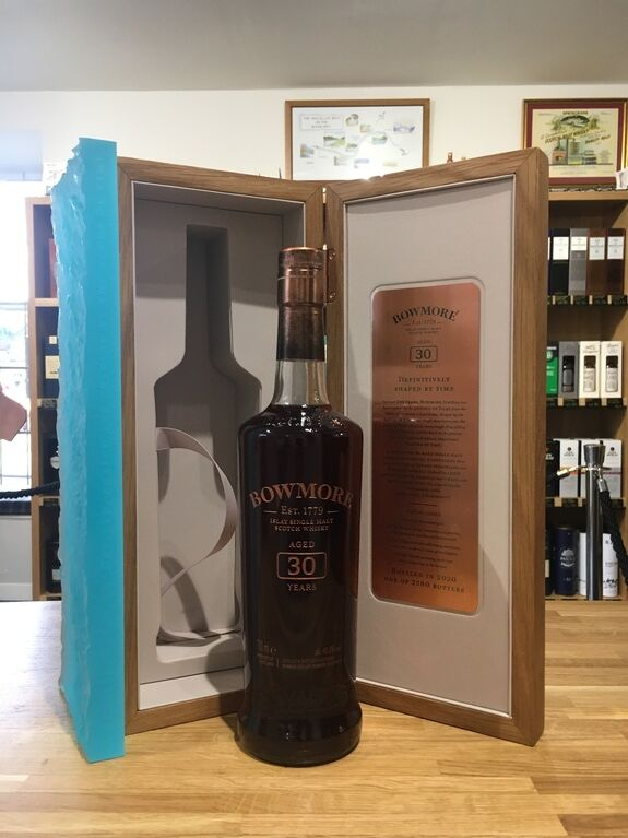 Bowmore 30 Years Old